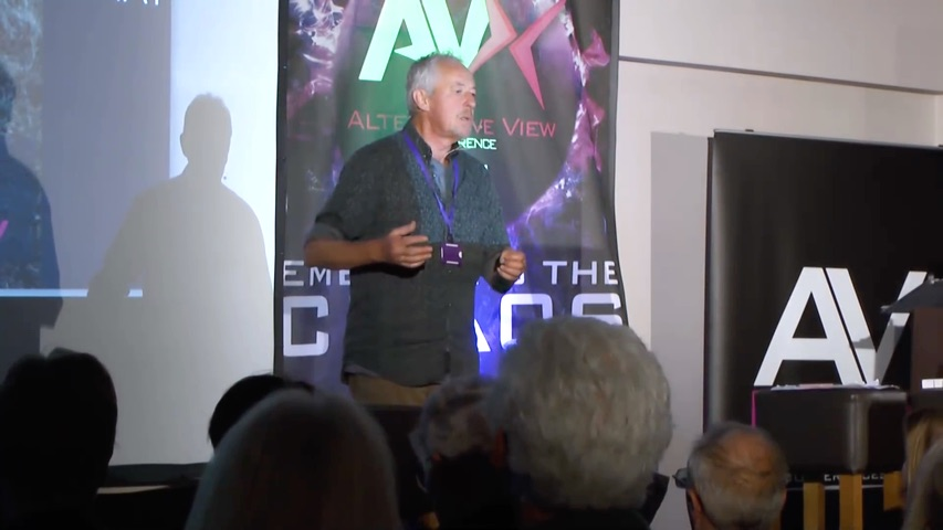 Clive de Carle speaking at the AV10 Conference in the UK, 11 May 2019